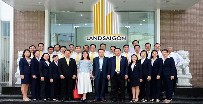 Tập thể cán bộ nhân viên Land Sài Gòn